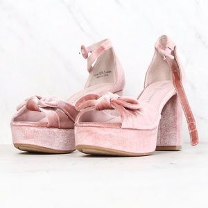 Chinese Laundry Tina Platforms (Rose)